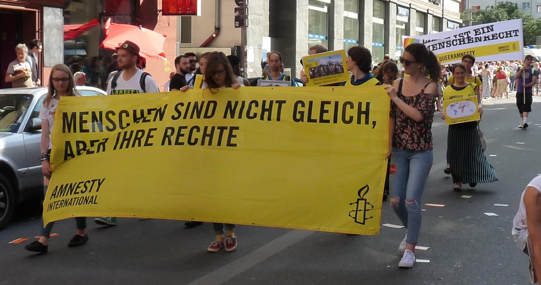 Stuttgart_-_CSD_2016_-_Parade_-_Amnesty_International_01